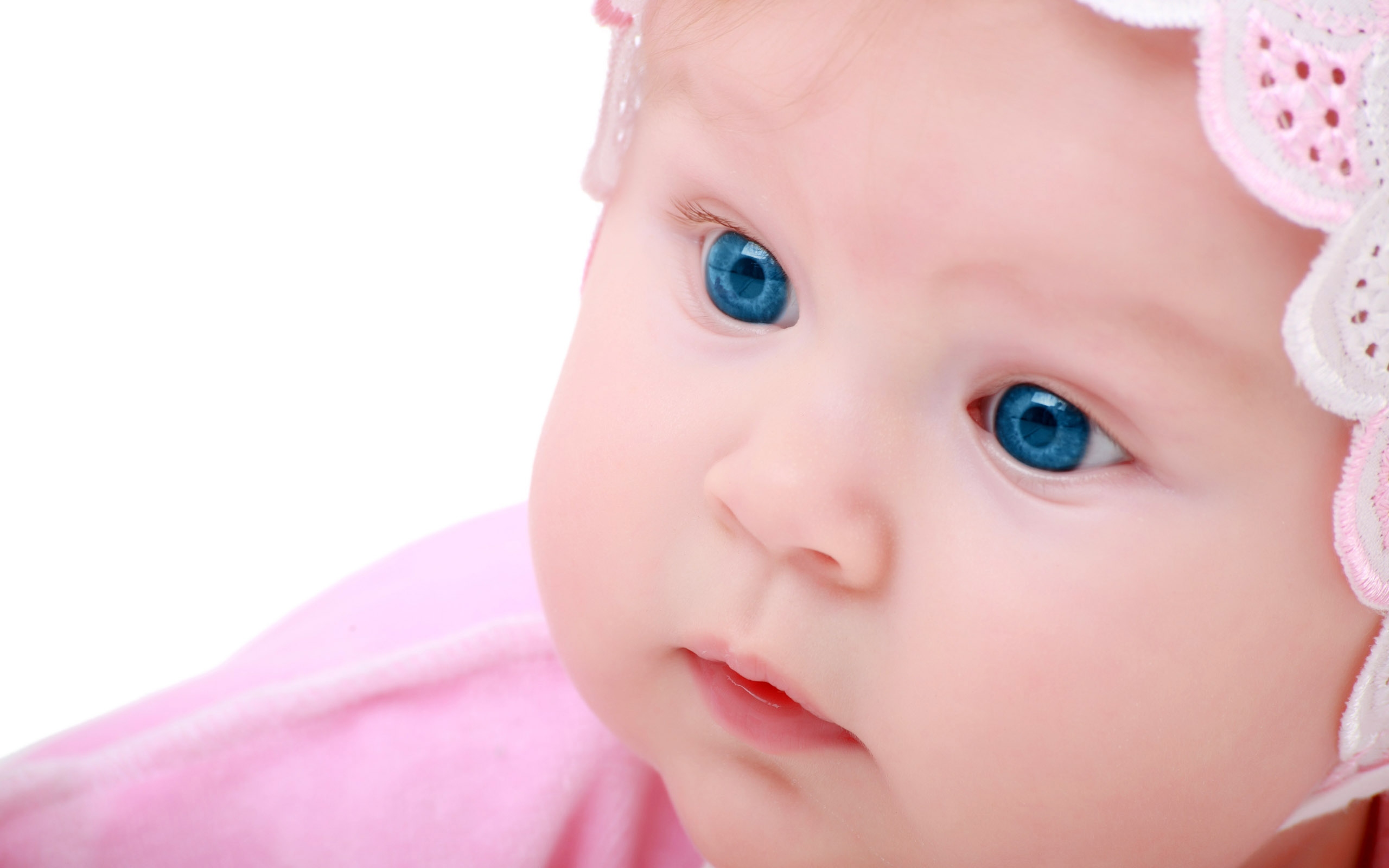 Cute Blue Eyes Baby - Blue Eyes Baby