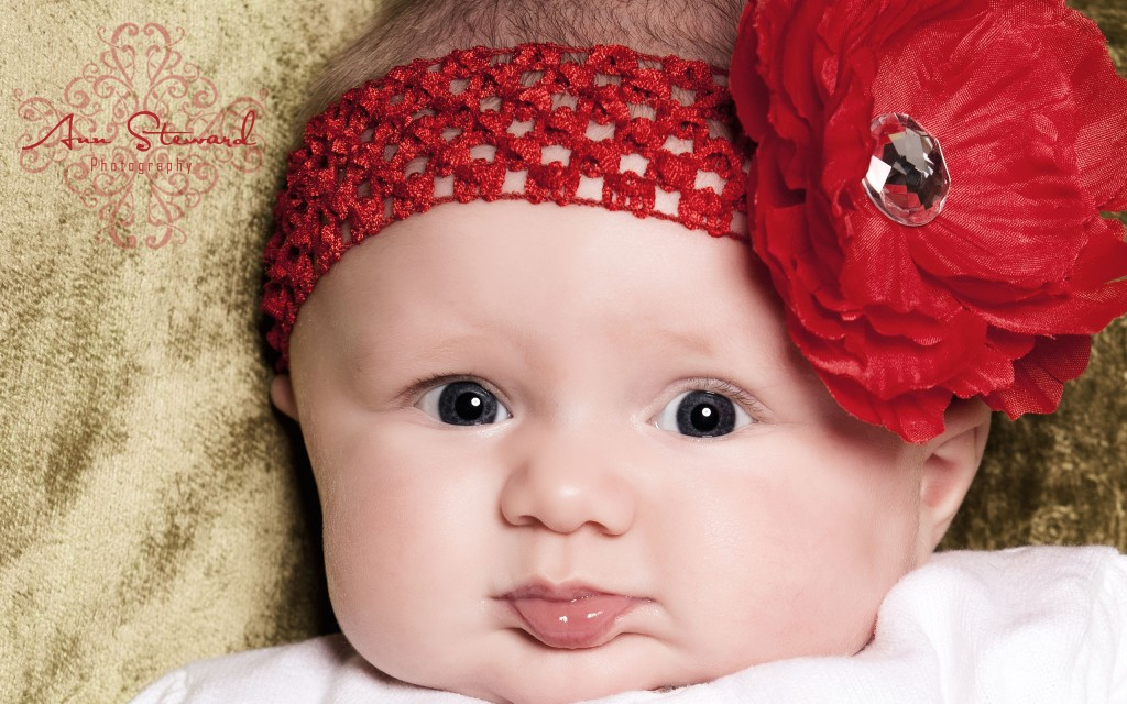 Headcraft On Cute Baby - Headcraft On Cute Baby