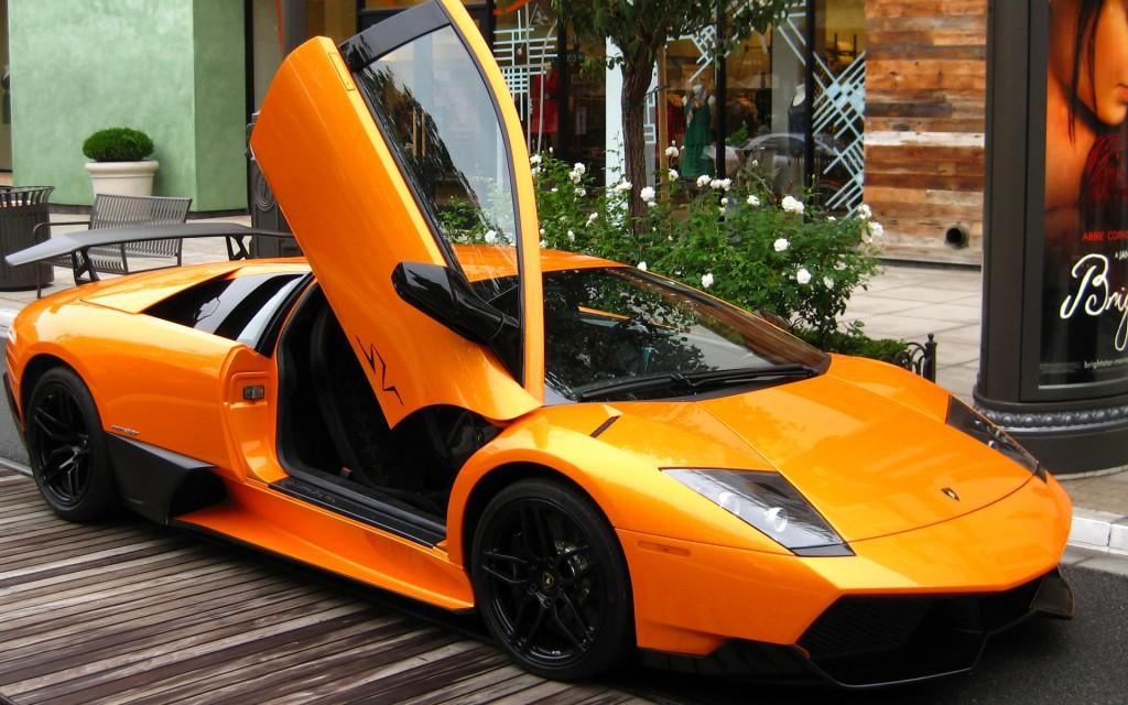 Lamborghini Murcielago on the Road - Lamborghini Murcielago on the Road