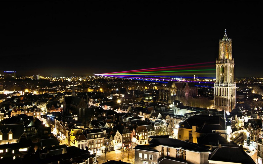 Utrecht City Night Wallpaper - Utrecht City Night Wallpaper