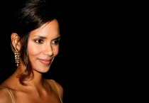 Halle Berry Pretentious - Halle Berry Pretentious