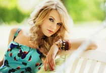 Pretty Taylor Swift - Pretty Taylor Swift