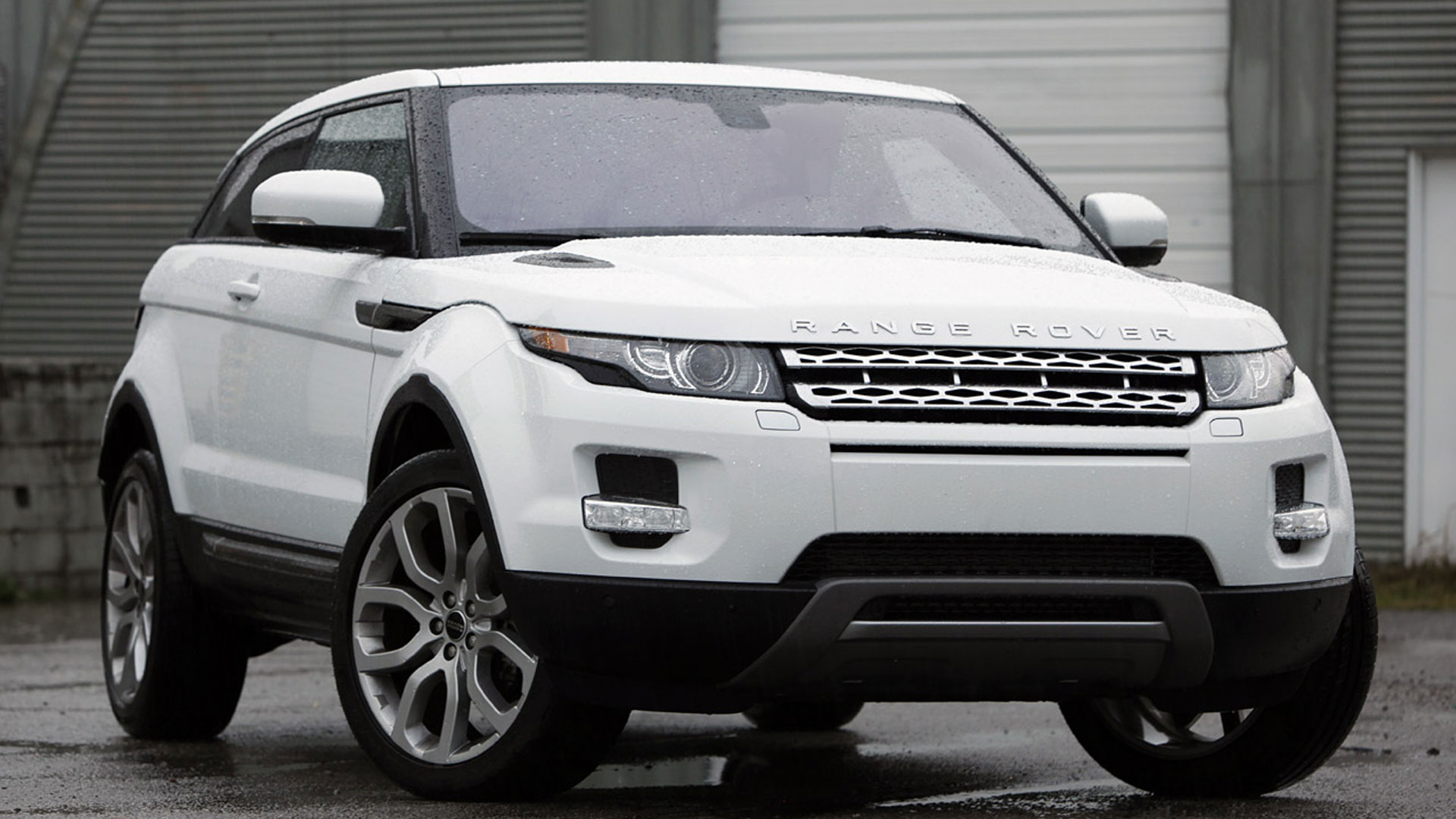 2014 range rover evoque sport cars. Black Bedroom Furniture Sets. Home Design Ideas