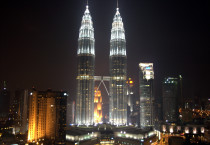 Exotic Petronas Towers At Night - Exotic Petronas Towers At Night
