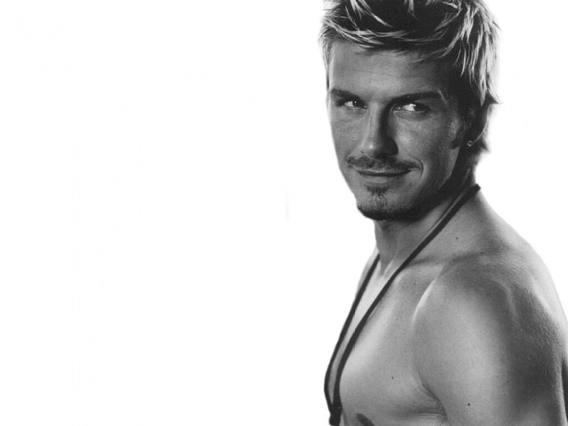 David Beckham Shirtless - David Beckham Shirtless