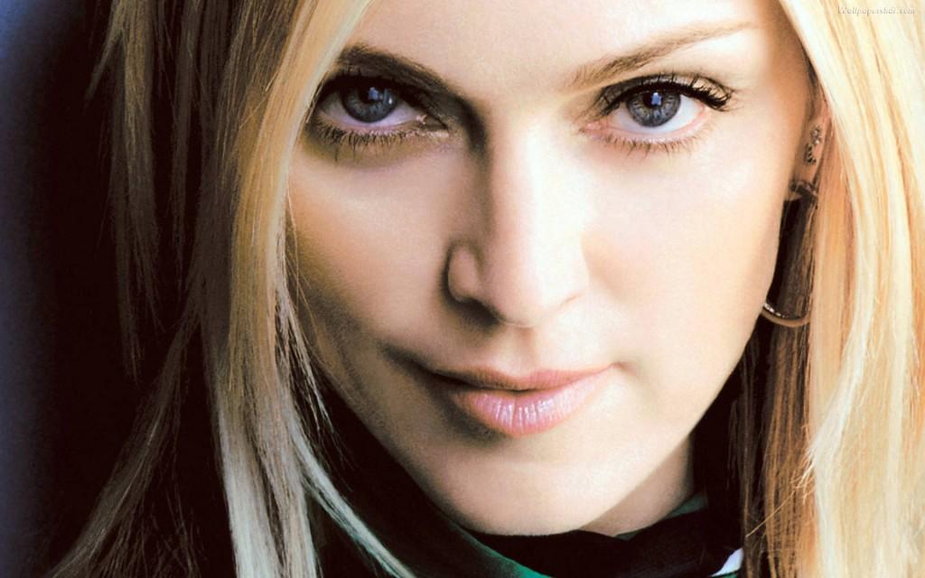 Madonna Close Up - Madonna Close Up