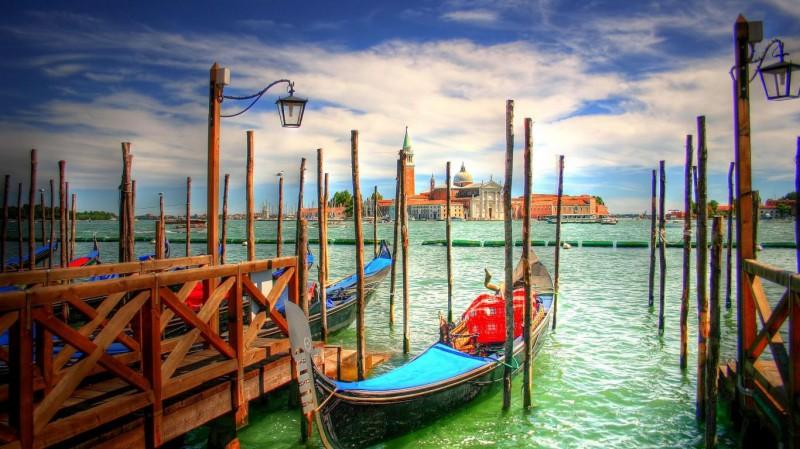 Italy Venice Boats Area - Italy Venice Boats Area