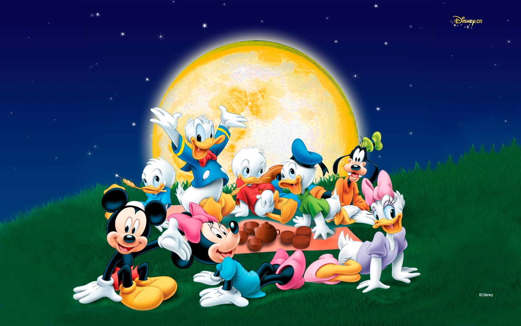 Disney Family Cartoon - Disney Family Cartoon