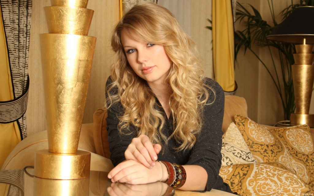 Golden Taylor Swift - Golden Taylor Swift