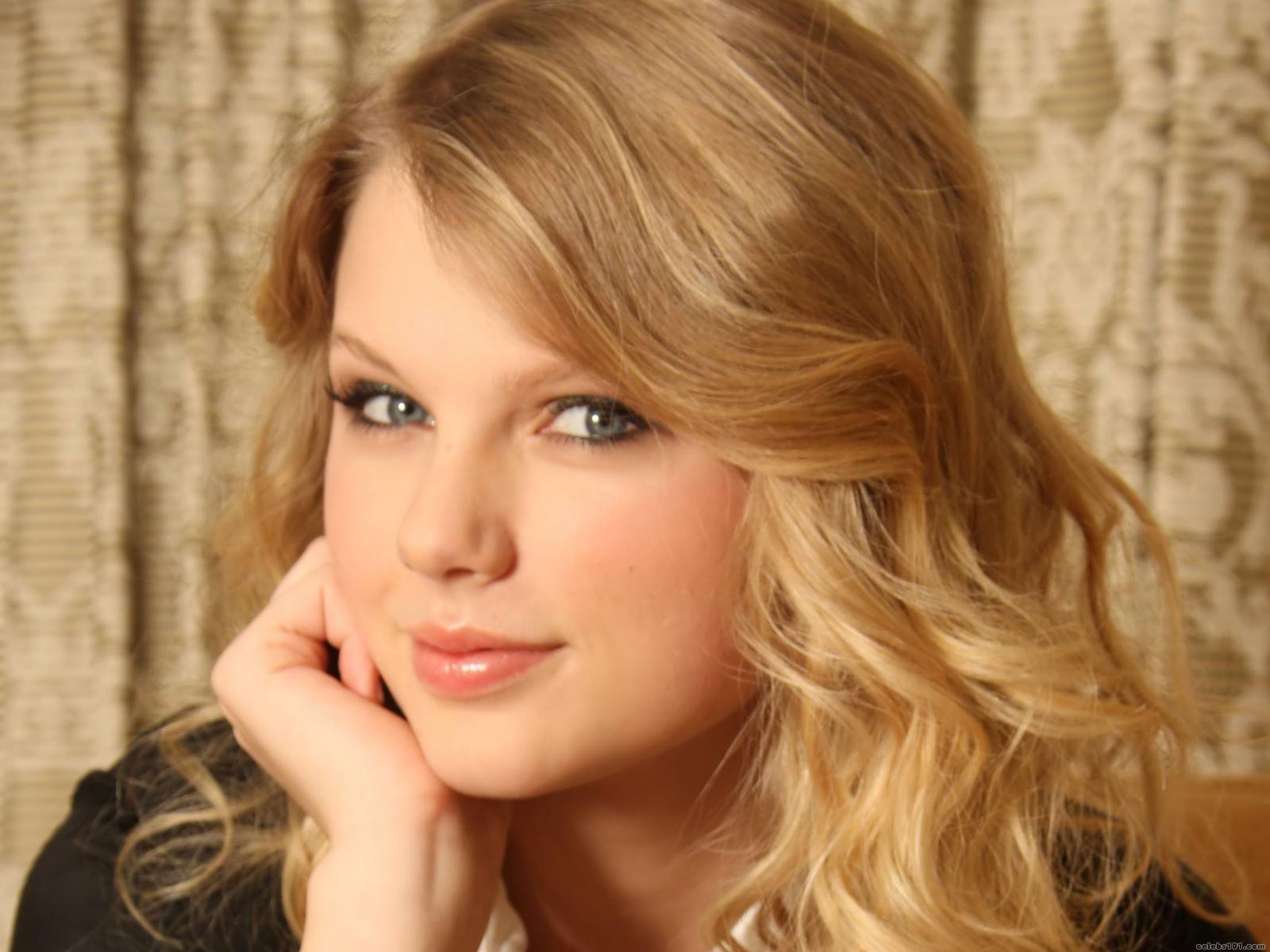 Taylor Swift Smoothies - Taylor Swift Smoothies