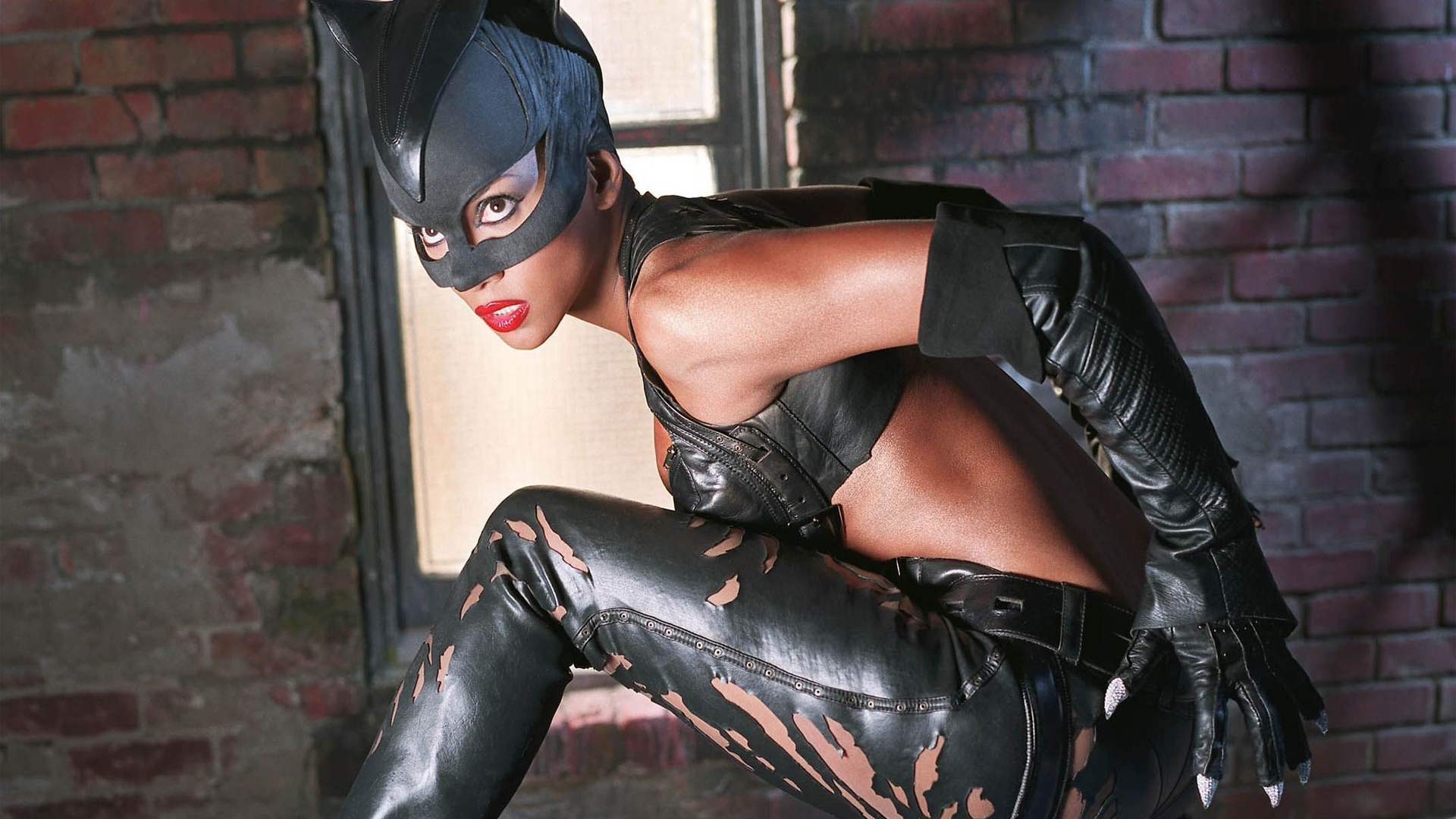 Halle Berry as Catwoman | CELEBRITY