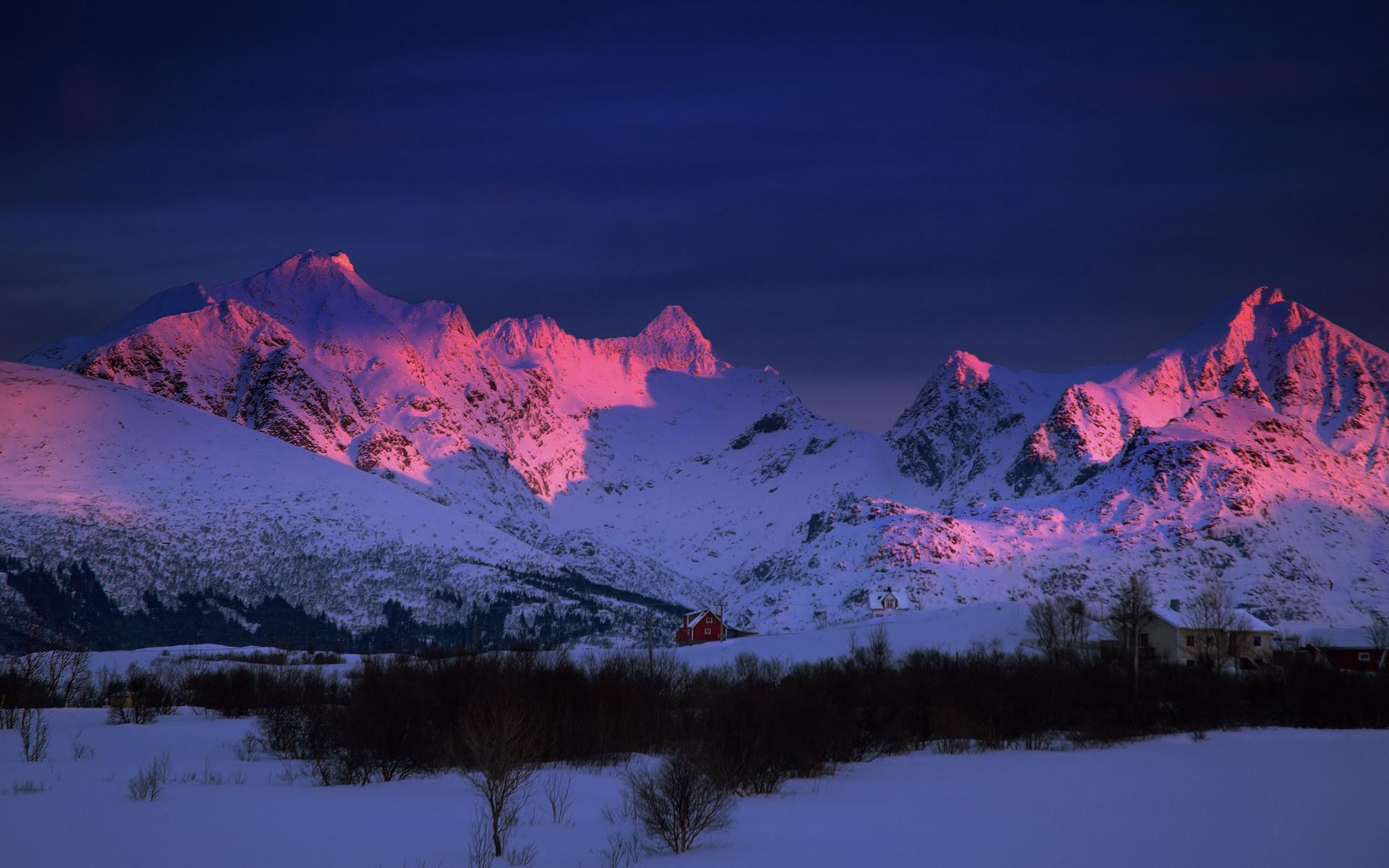 Sunrise Paints Snowy Mountains Purple   MOUNTAINS