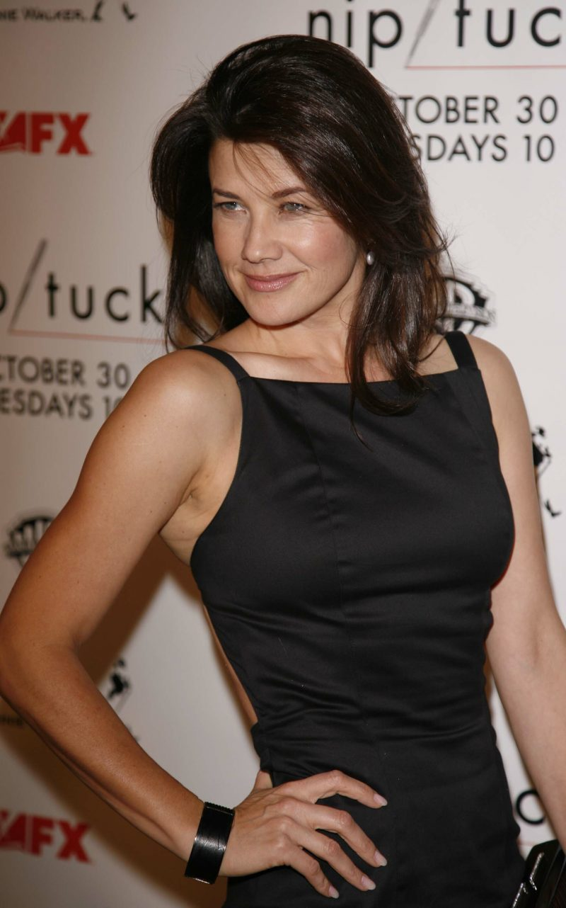 Daphne Zuniga In Form Fitting Black Dress Celebrity
