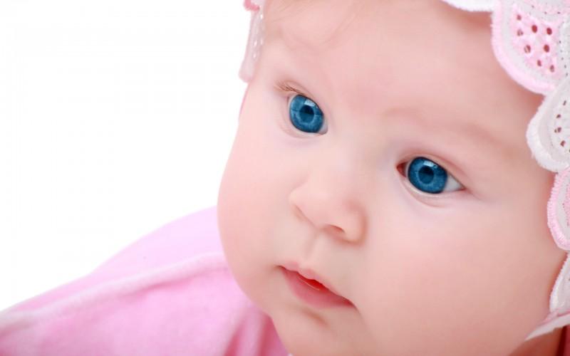 Cute Blue Eyes Baby - Blue Eyes Baby