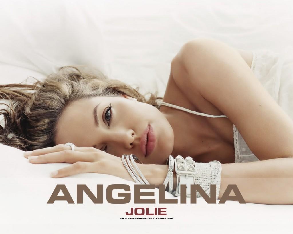 Romantic Angelina Jolie - Romantic Angelina Jolie