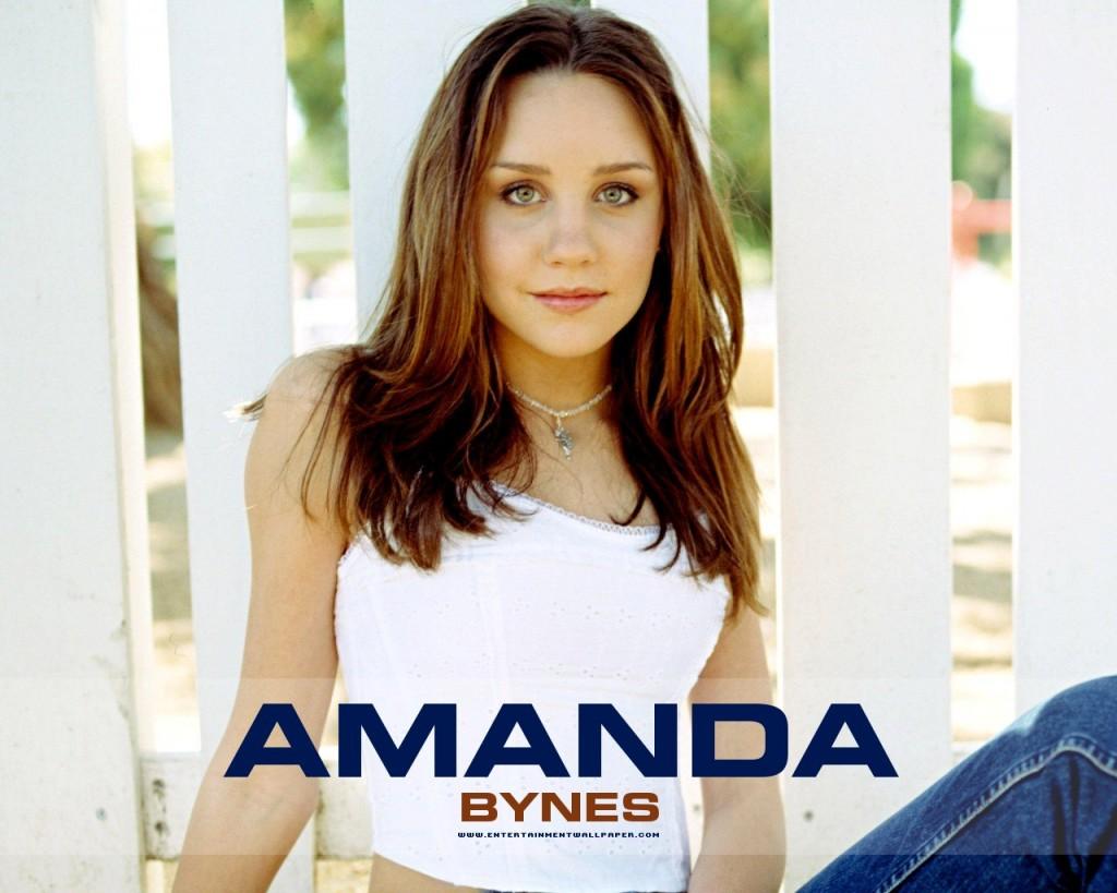 Amanda Bynes White Dress - Amanda Bynes White Dress