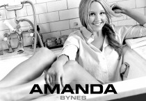 Amanda Bynes on Bath Tube - Amanda Bynes on Bath Tube