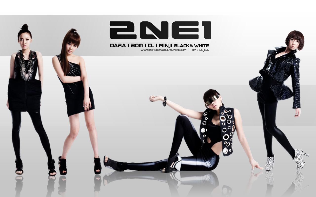 2NE Black N White Widescreen - 2NE Black N White Widescreen
