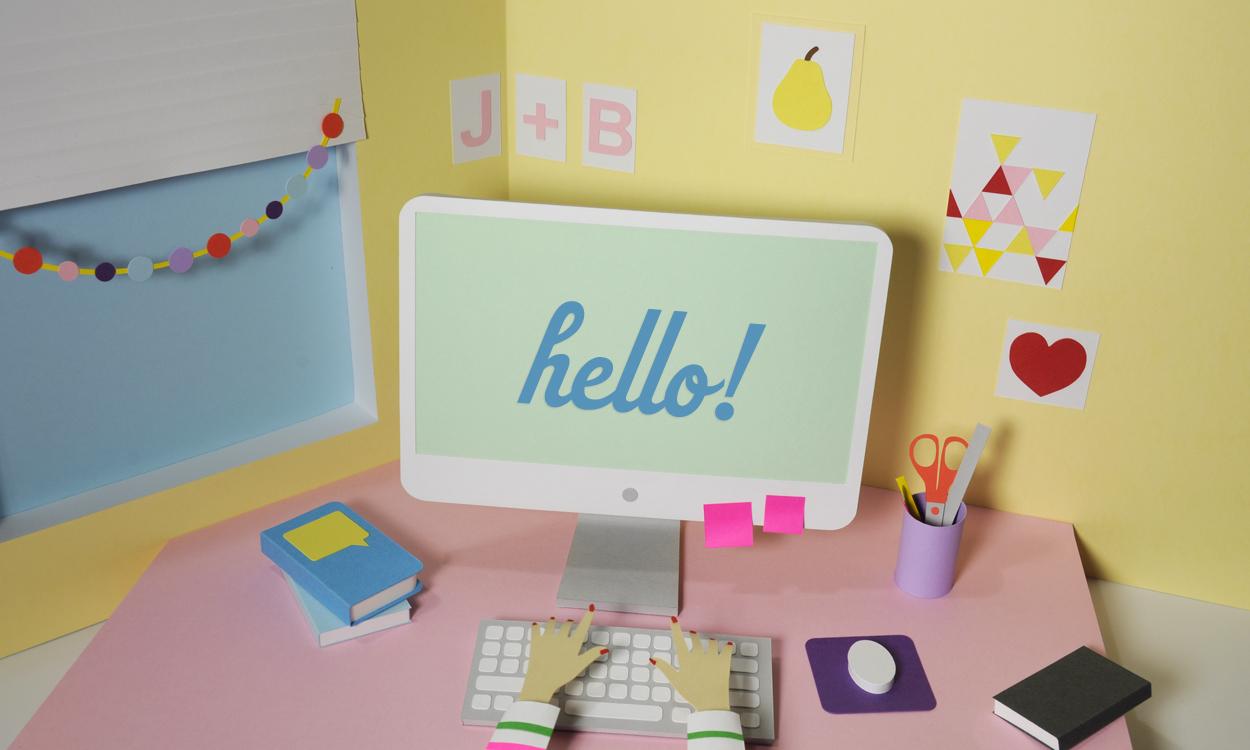 Cute Girl Desk Wallpaper - Cute Girl Desk Wallpaper