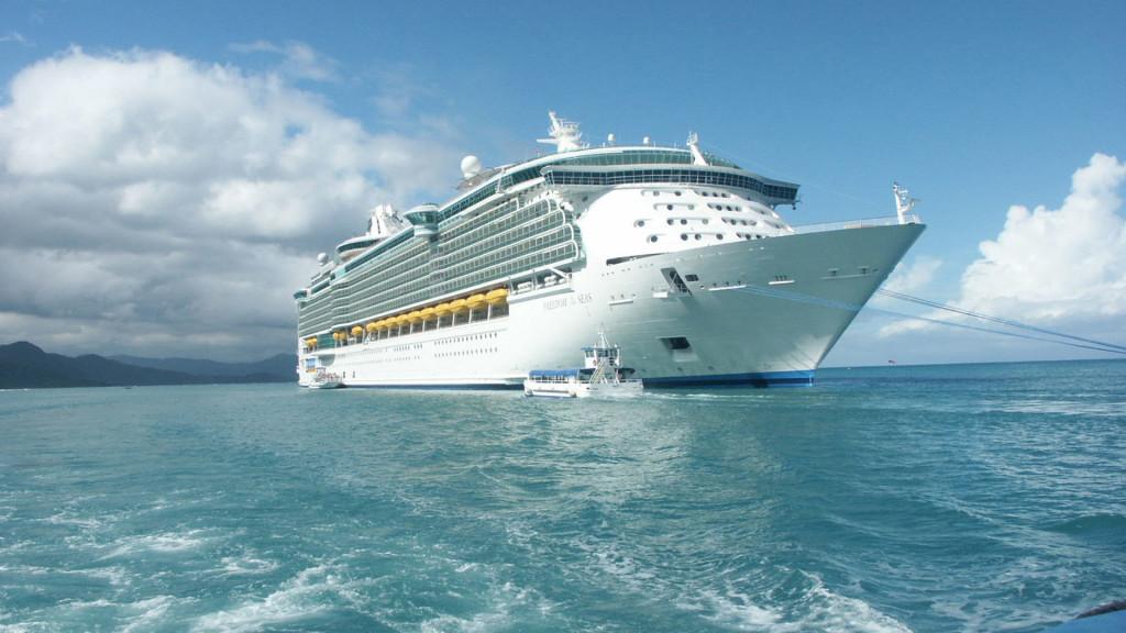 World Expensive Royal Ship - World Expensive Royal Ship