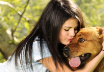 Selena Gomez With Puppy - Selena Gomez With Puppy