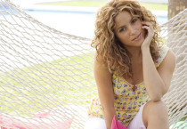 Shakira Swing Summer Beach - Shakira Swing Summer Beach