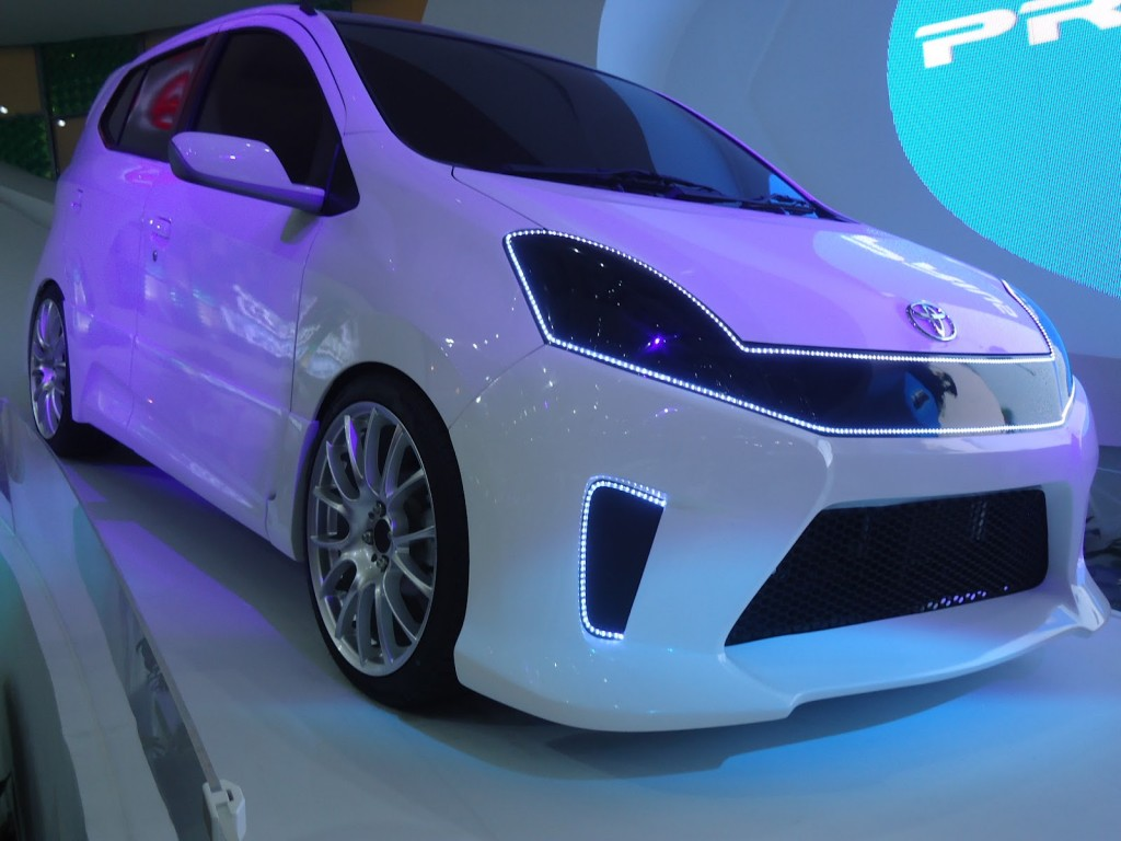 Toyota Agya White Modification - Toyota Agya White Modification