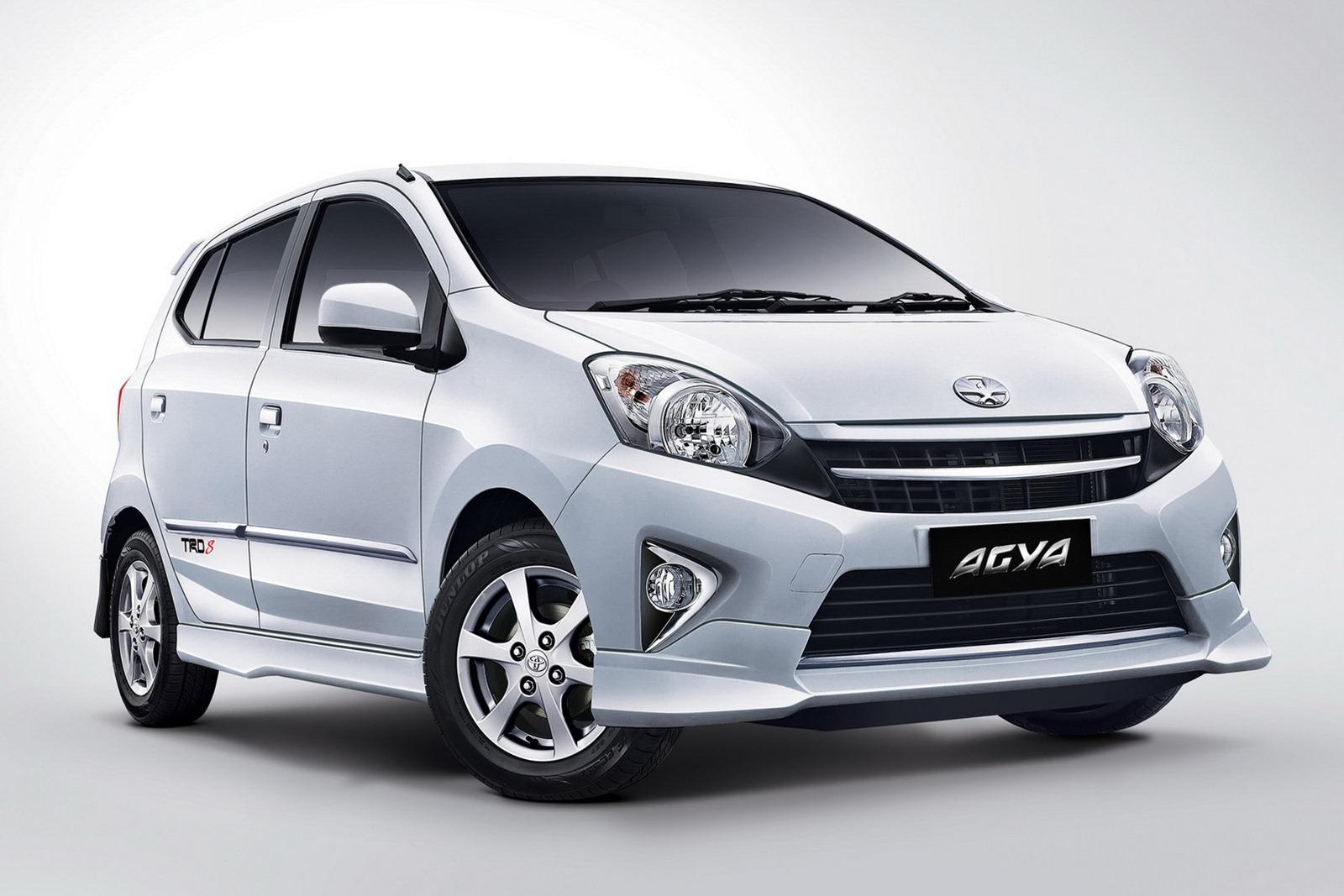 Toyota Agya White - Toyota Agya White