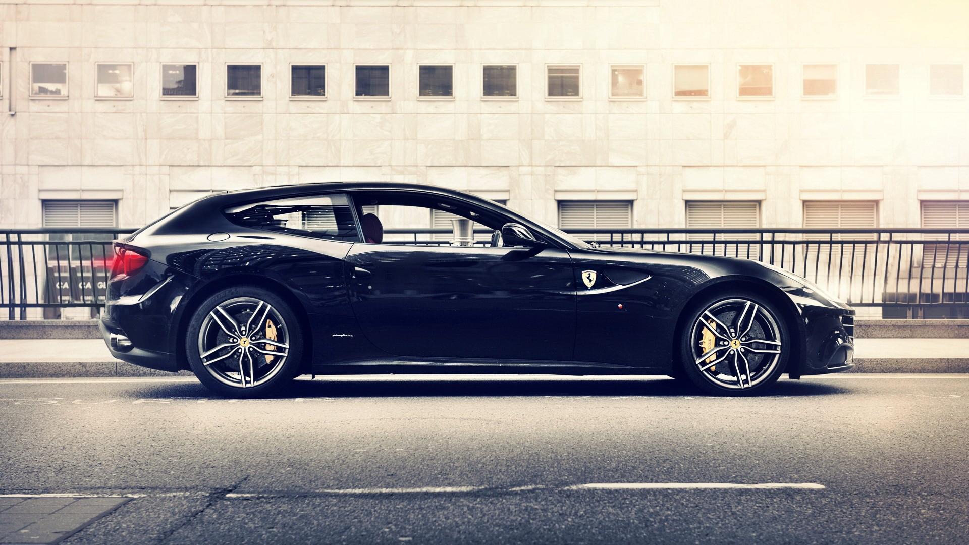Black Ferrari Ff Cars