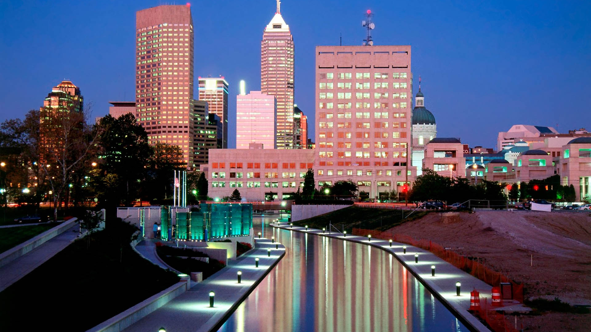 Indianapolis Skyline at Night | CITIES
